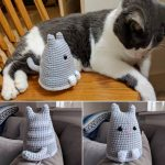 Charlemagne has mixed feelings about his new avatar. #amigurumi #handmade…